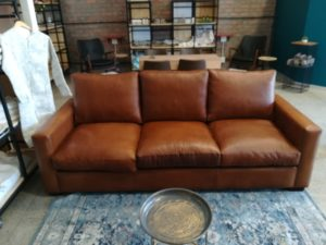 2.3m Pista Pecan Leather Couch